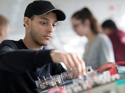 Mechatronikerausbildung bei AUCOTEAM in Berlin