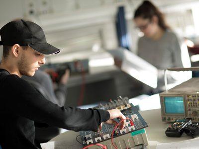 Mechatronikerausbildung bei AUCOTEAM